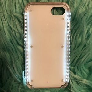 SELFIE LIGHT CASE! iPhone 7